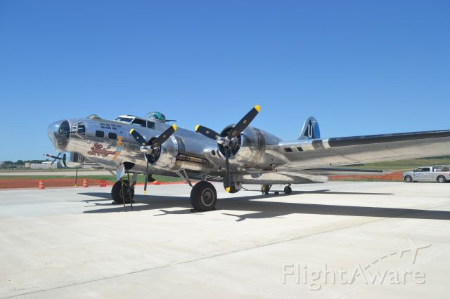 """Boeing B-17 Flying Fortress (N9323Z) - Boeing B-17G """"Sentimental journay"""" preparing for Media flight after arriving in Sioux Falls SD prior to the Sioux Falls Airshow"""