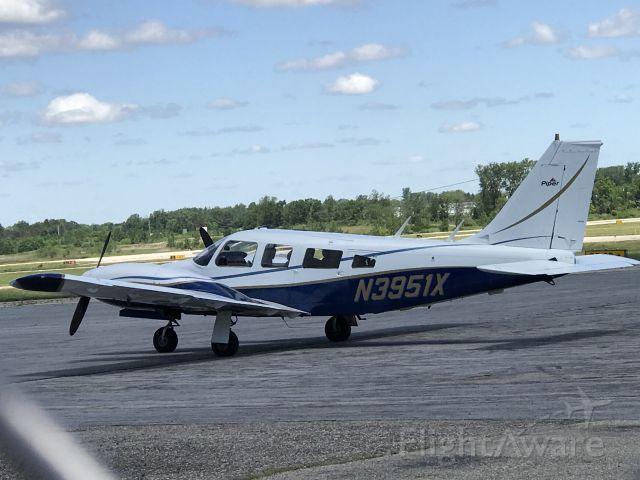 Piper Seneca (N3951X) - Parked at JXN