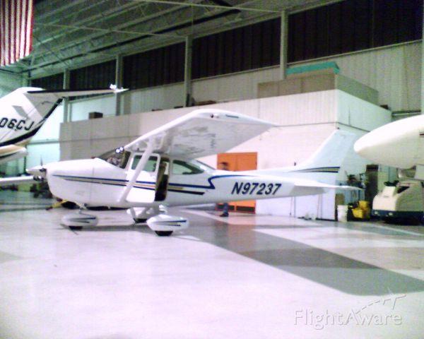 Cessna Skylane (N97237) - 1978 182Q  io470    fuel injected 260 hp conversion  GNS430   s-tec55 ap