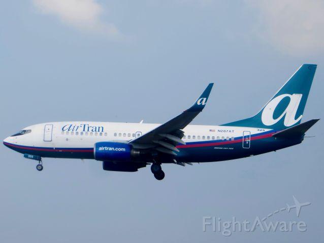 Boeing 737-700 (N287AT) - AirTran 737-700 7/18/13