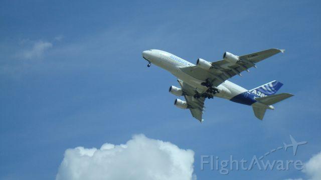 Airbus A380-800 (F-WWDD) - Performing slow pass at Oshkosh