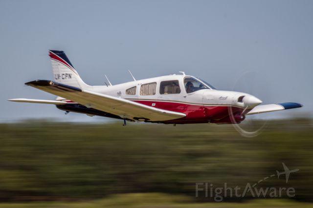 Piper Cherokee (LV-CPN) - Vuelos rasante convención EAA Argentina 2012. Comandante Leonardo L. Barone