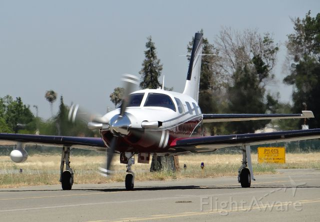 Piper Malibu Meridian (N6101G) - Taxing to its hangar for the first time at KRHV.