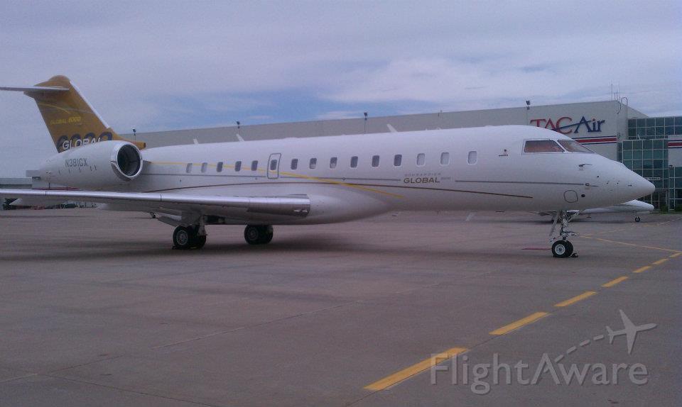 Bombardier Global Express (N381GX) - Global Express at Centennial Airport