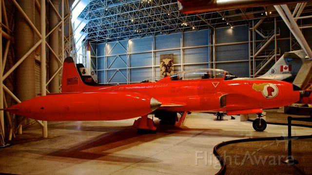 Lockheed T-33 Shooting Star — - Le Red Knight de l