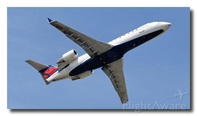 Canadair Regional Jet CRJ-200 (N8790A) - N8790A