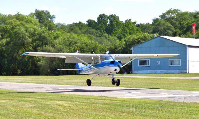 Cessna Commuter (N8882S) - Cessna 150H N8882S in Brighton, MI