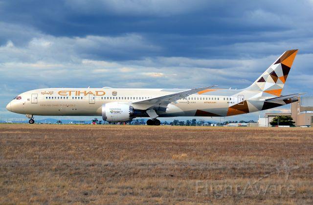Boeing 787-9 Dreamliner (A6-BLU)