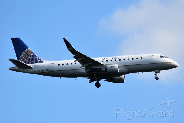 Embraer 170/175 (N726YX)