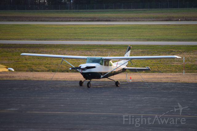 Cessna Cutlass RG (N4723R)
