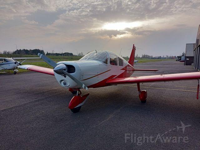 Piper Cherokee (OO-FLA)
