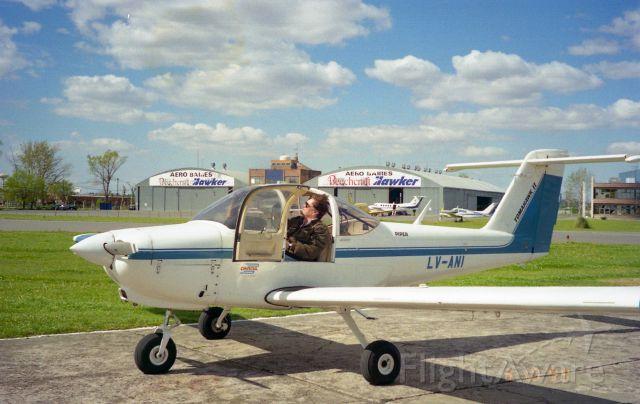 Piper Tomahawk — - Escuela de aviación