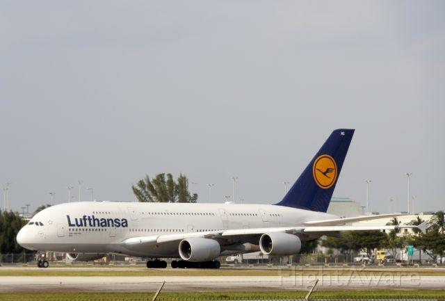 Airbus A380-800 (D-AIMG)