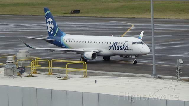 Embraer 175 (N183SY) - This is a marvelous Alaska (Skywest) ERJ-175LR taxiing to Runway 28R. (Runways 10R/28L were closed)  Date - Sep 22, 2018