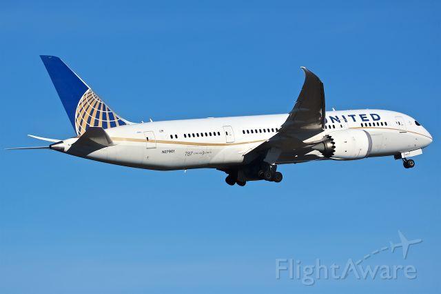 Boeing 787-8 (N27901)