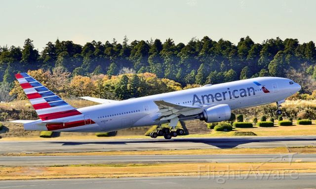 Boeing 777-200 (N755AN) - TO