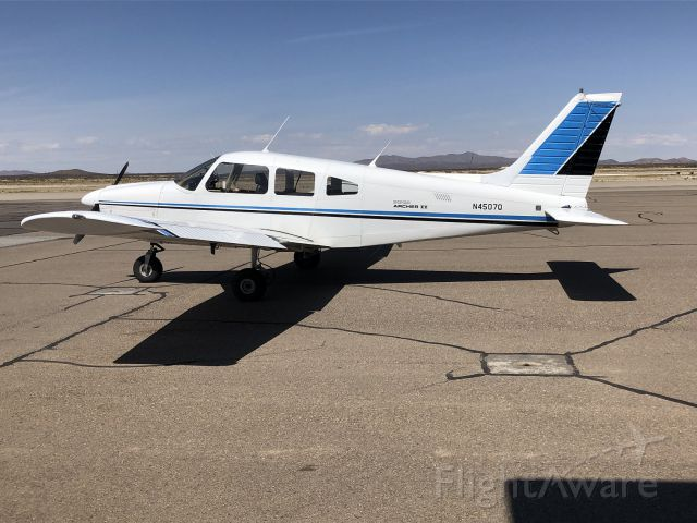Piper Cherokee (N4507Q)