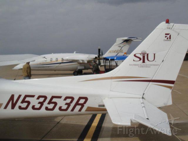 Cessna Skyhawk (N5353R)