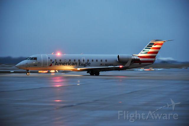 Canadair Regional Jet CRJ-200 (N221PS) - Best in full size