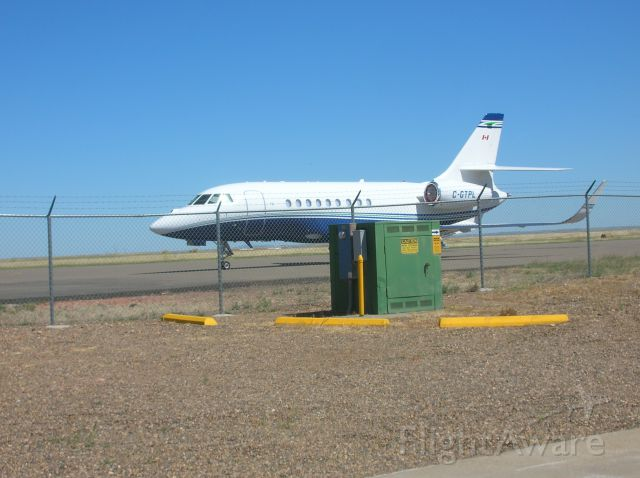 Dassault Falcon 2000 (C-GTPL) - Falcon 2000 at Glendive