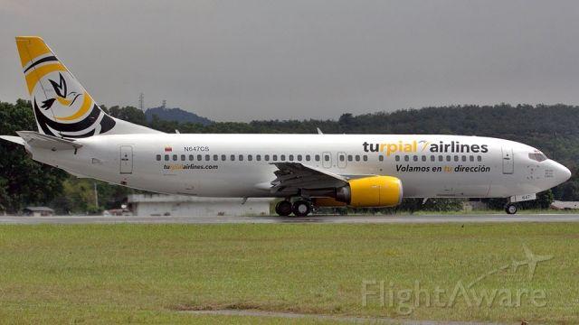 BOEING 737-400 (N647CS)