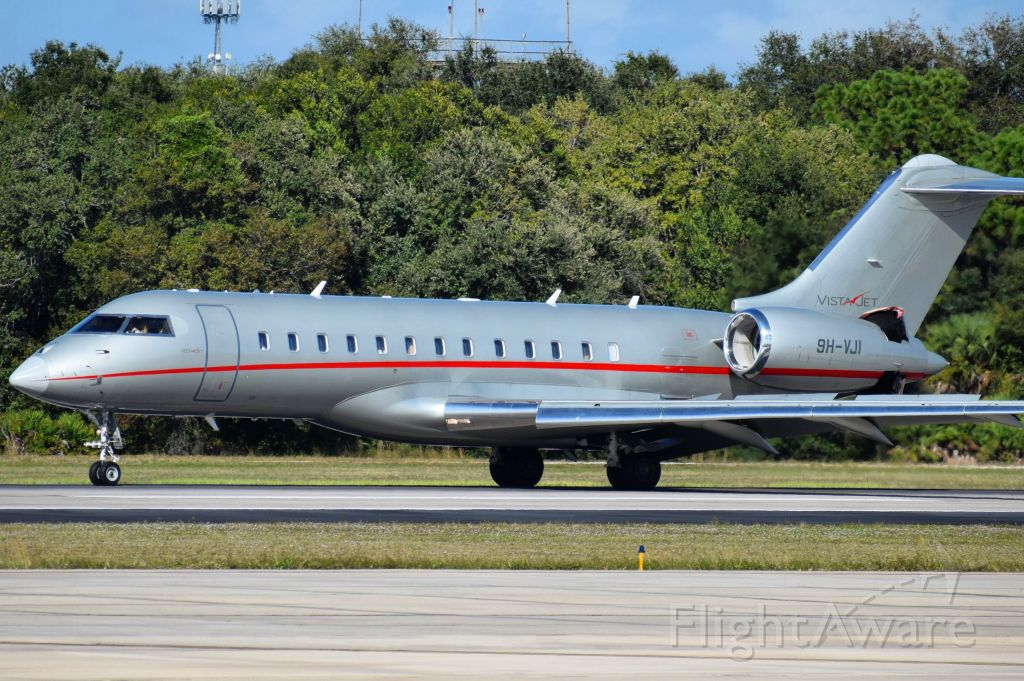 Bombardier Global Express (9H-VJI) - Bombardier Global 6000 operated by VistaJet Malta arriving into the Tampa International Airport (TPA) on 11/10/2020