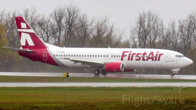 BOEING 737-400 (C-FFNM)