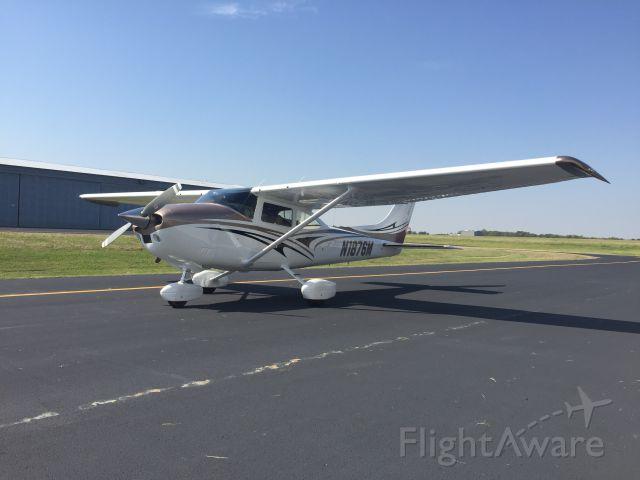 Cessna Skylane (N1876M) - Picture