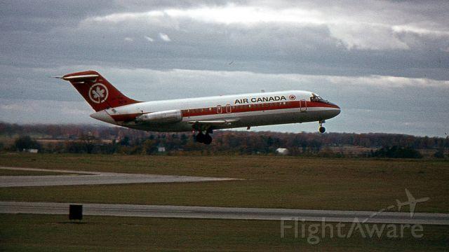 Douglas DC-9-10 — - Été 1974. Douglas DC-9.