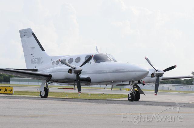Cessna 421 (N987MC)