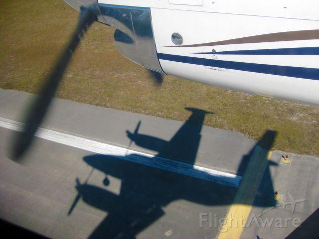 Piper Cheyenne 400 (N37KW)