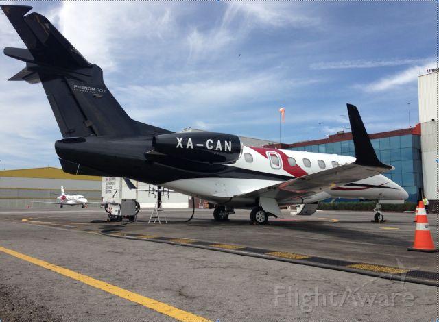 Embraer Phenom 300 (XA-CAN)
