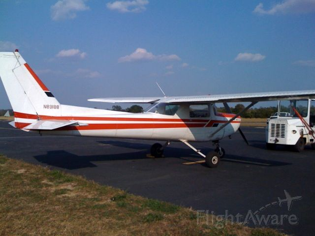 Cessna 152 (N89188) - Cessna C-152 based and maintained at Mount Sterling, KY