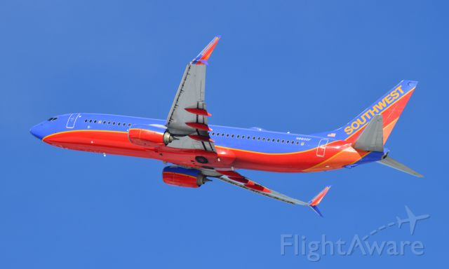 Boeing 737-800 (N8600F) - Southwest 144 off to a warmer Fort Myers 02-13-16