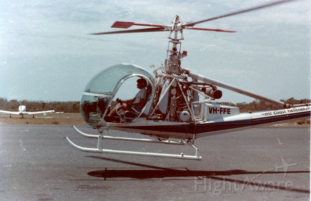 ROGERSON HILLER UH-12E Hauler (VH-FFE) - Hovering at Caloundra prior to refuelling
