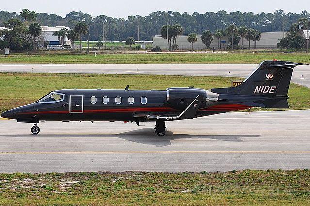 Learjet 31 (N1DE)