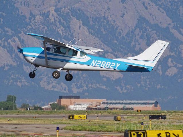 Cessna Skylane (N2882Y) - N2882Y Cessna 182E c/n 18253882 on 8/24/19
