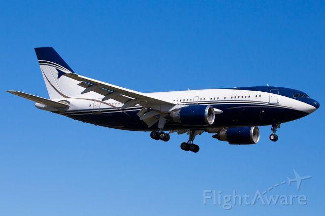 Airbus A310 (HZ-NSA)