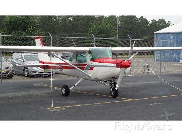 Cessna 152 (N99HR)