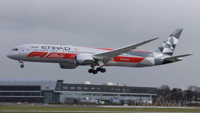 Boeing 787-8 (A6-BLV)