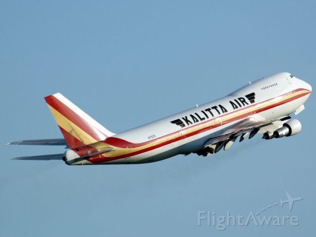 Boeing 747-200 (N715CK) - departure from eblg to obbi
