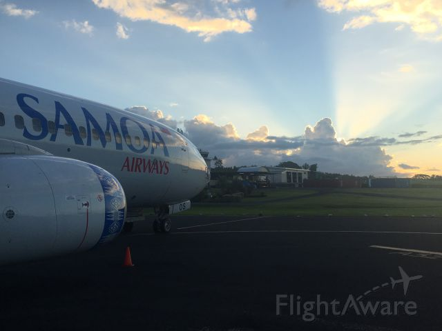 Boeing 737-700 (I-NEOS) - Take at Faleolo International Airport