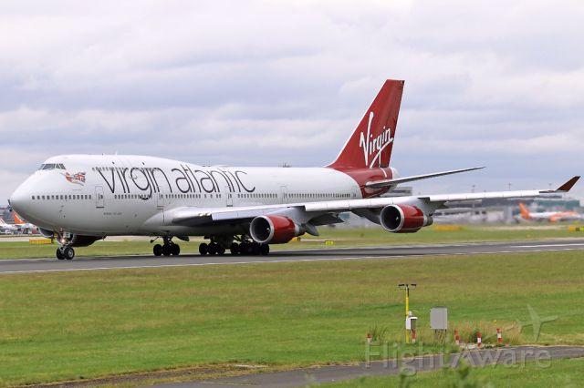Boeing 747-400 (G-VBIG) - VIR73 departing on the flight to Orlando.