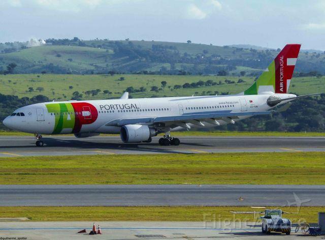 Airbus A330-200 (CS-TON)