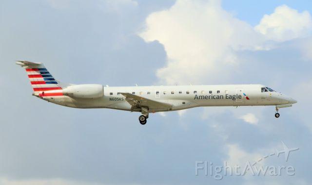 Embraer ERJ-145 (N605KS)
