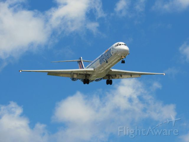 McDonnell Douglas MD-83 — - Allegiant about to land at KPIE