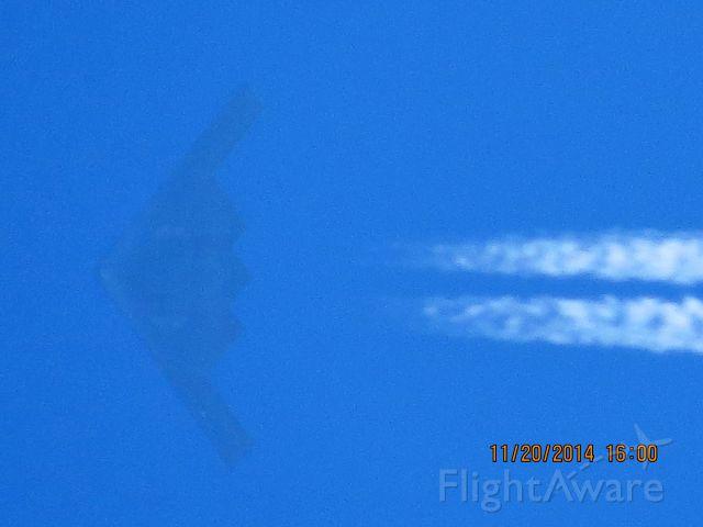 Northrop Spirit (89-0128) - a rel=nofollow href=http://www.youtube.com/watch?v=BckKcSuZ-sM&list=UUtG6nkysiSyYn4btMEPkryAhttps://www.youtube.com/watch?v=BckKcSuZ-sM&list=UUtG6nkysiSyYn4btMEPkryA/a   Two B-2 Bombers over Baxter Springs Kansas.