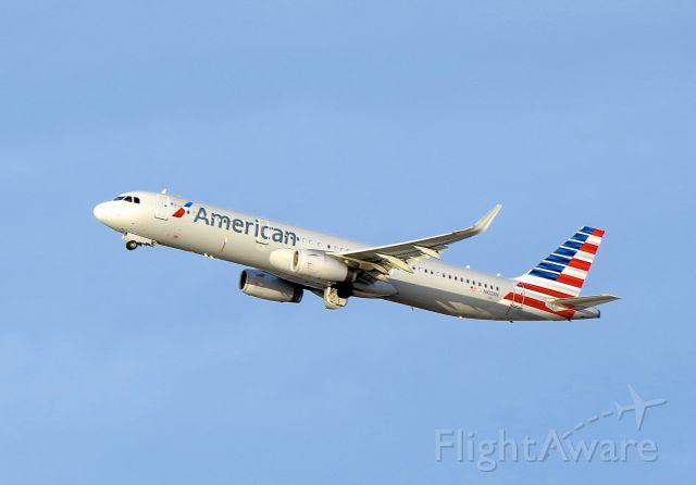 "Airbus A321 (N102NN) - <a rel=""nofollow"" href=""http://flightaware.com/live/flight/N102NN/history/20141207/2315Z/KLAX/KJFK"">http://flightaware.com/live/flight/N102NN/history/20141207/2315Z/KLAX/KJFK</a>"