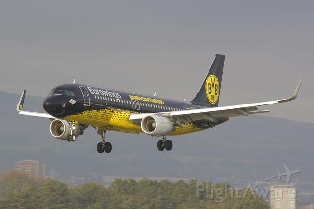 Airbus A320 (D-AIZR) - Team (air)bus of Borrusia Dortmund.