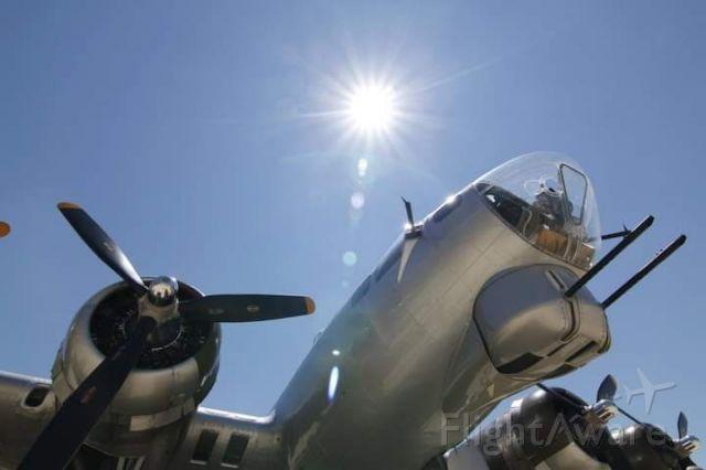 Boeing B-17 Flying Fortress (N5017N) - Aluminum Overcast, B-17G-105-VE, s/n 44-85740